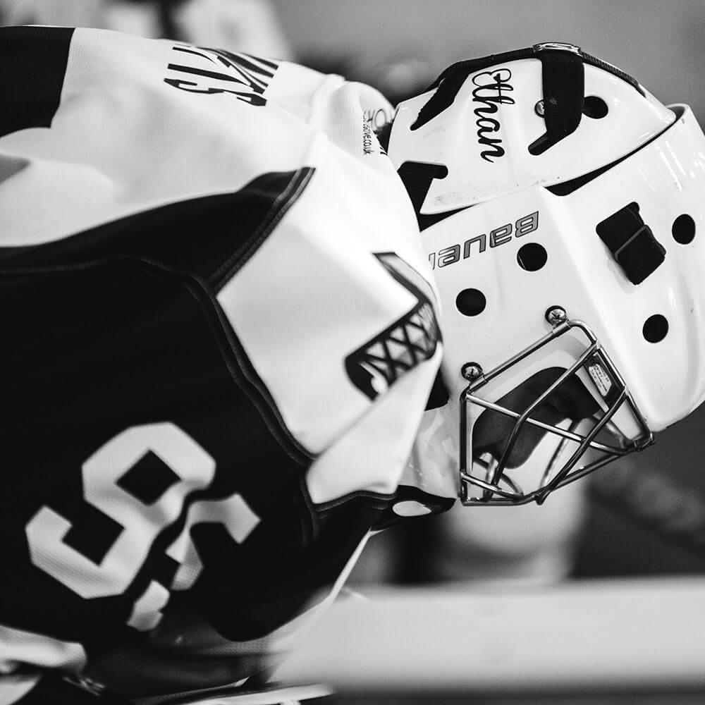 Ice-hockey-goalie-goaltender-mask-sports-psychology-mental-game-performance-athlete-kelowna-NHL-alive-counselling-barb-egan